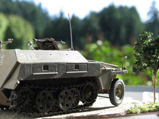 sdkfz 250/1 'neue' Dragon 1/35 100114125506667015243447