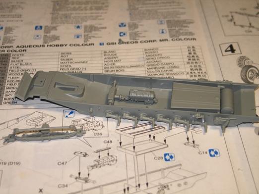 sdkfz 251/1 c riveté Dragon 1/35 100115075952667015253456
