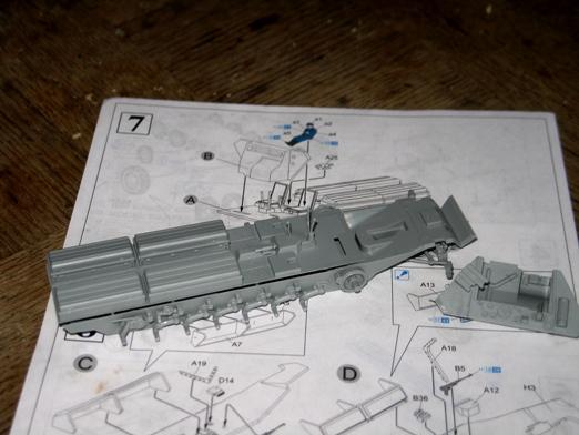 sdkfz 251/1 c riveté Dragon 1/35 100116121946667015255990