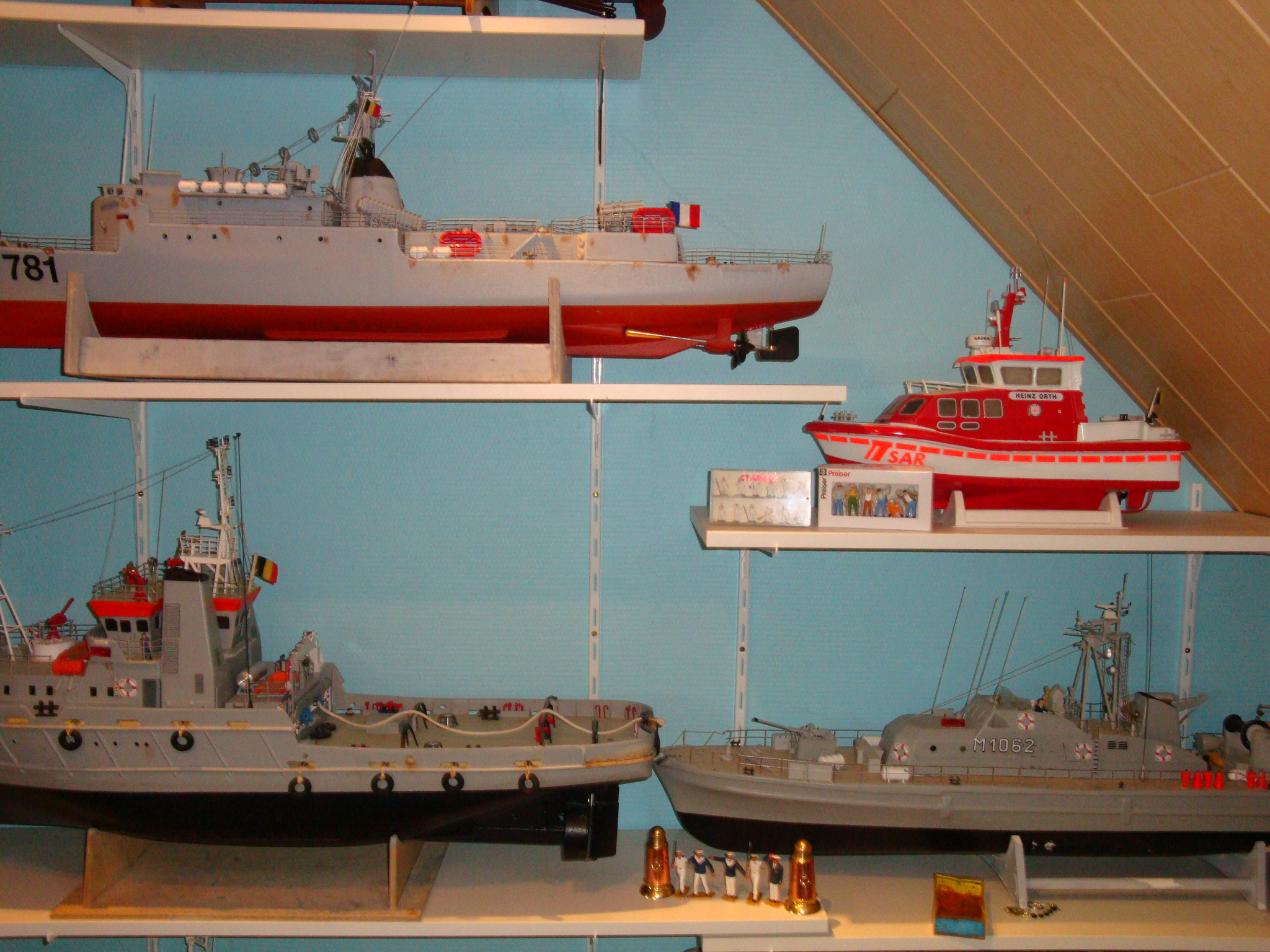 La flotte de NAVYCOOL - Page 2 100117043055895285263631