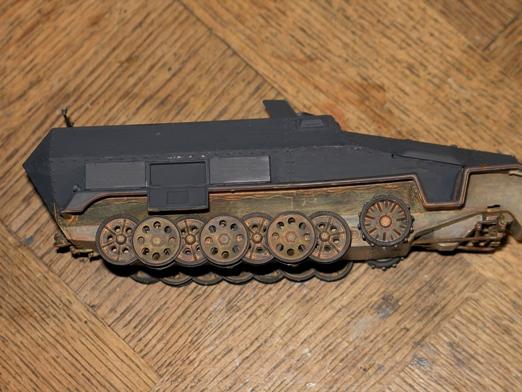 sdkfz 251/1 c riveté Dragon 1/35 - Page 2 100124045522667015309249