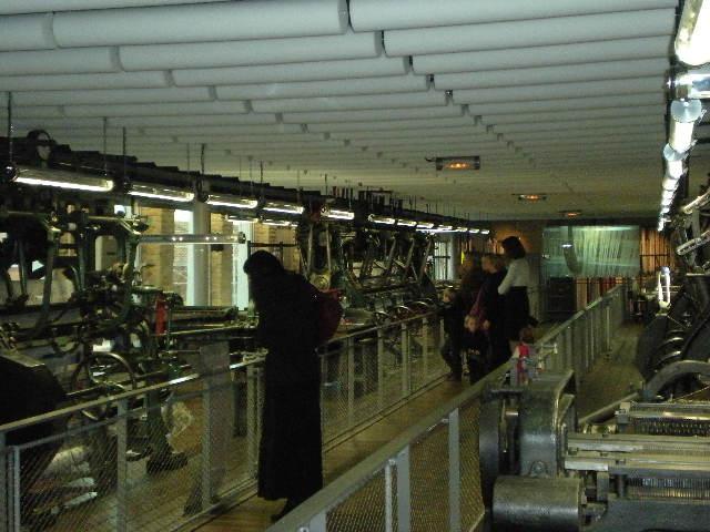 Het Nederlands in de musea, bezoekerscentra en toeristische diensten 100124082047440055310892