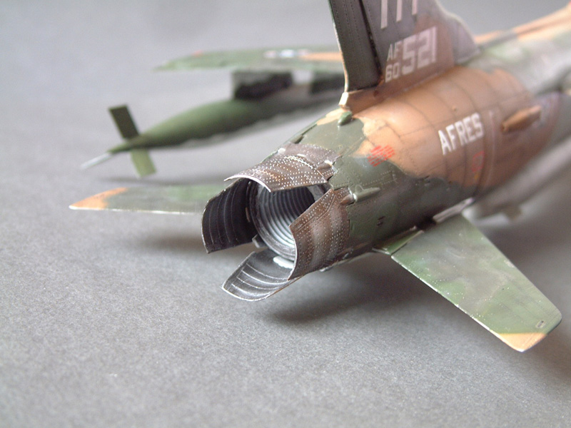 [HobbyBoss] F-105D Thunderchief, 1/48e 100125021907476905314707