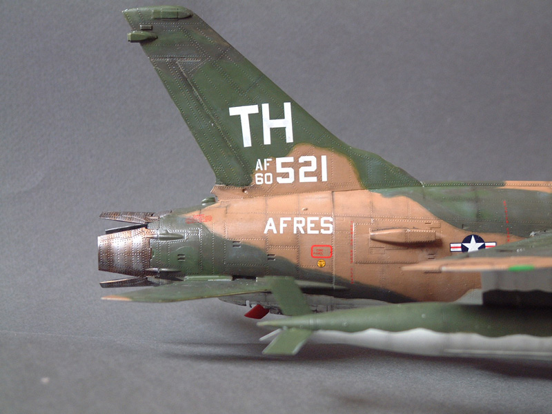 [HobbyBoss] F-105D Thunderchief, 1/48e 100125021951476905314712