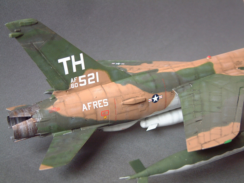 [HobbyBoss] F-105D Thunderchief, 1/48e 100125022003476905314713