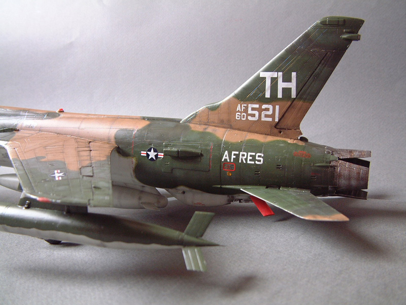 [HobbyBoss] F-105D Thunderchief, 1/48e 100125022130476905314721