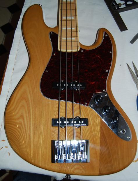 Pick ups jazz bass (changés sur basse SX SJB-75 LTD -photos) 100129031307546395334491