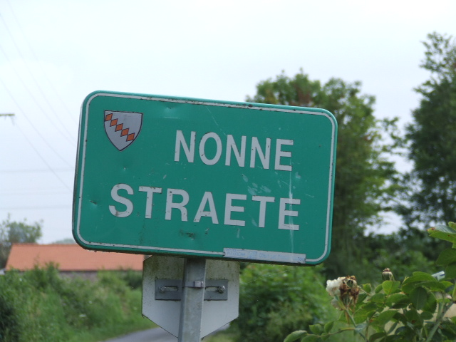 Tweetalige verkeersborden in Frans-Vlaanderen - Pagina 4 100129033337440055336474