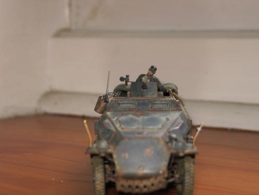sdkfz 251/1 c riveté Dragon 1/35 - Page 4 100130034537667015342689