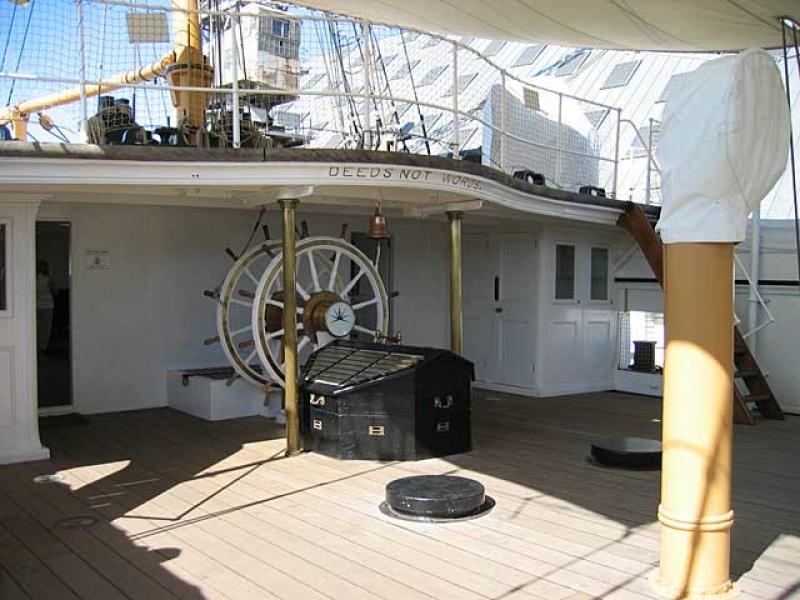 """Connaissez-vous """"the historic dockyard"""" ? - Page 2 100201040506901225356627"""