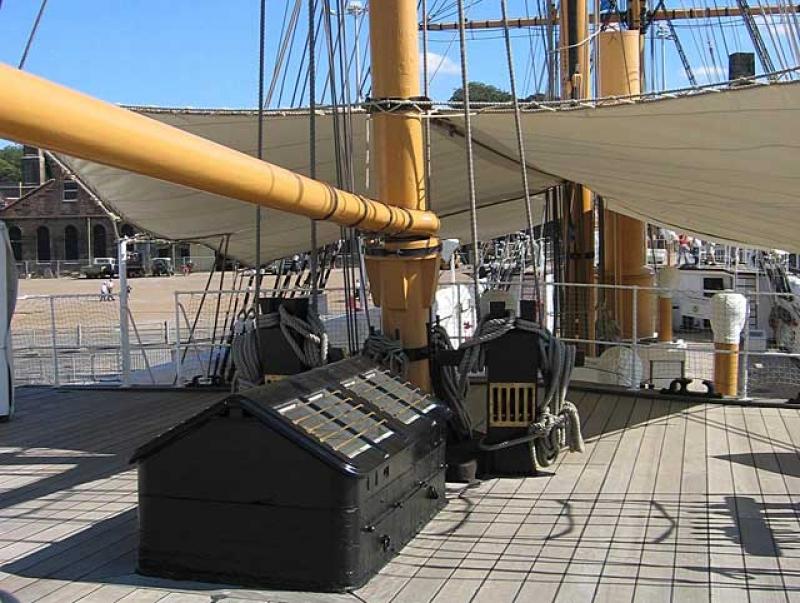 """Connaissez-vous """"the historic dockyard"""" ? - Page 2 100201040532901225356628"""