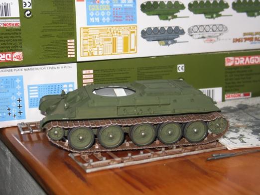 T34/76 Dragon 1/35 modèle 1941+pilotes zvesda - Page 4 100213050620667015432173