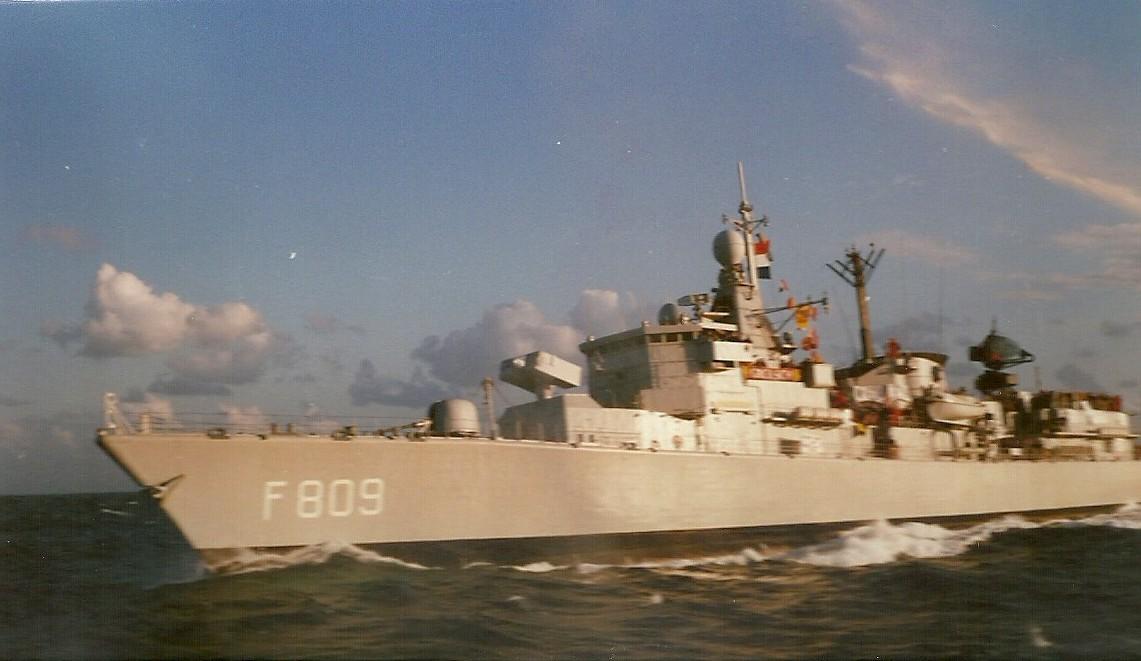 F913 - ESCADRE HOLLANDAISE - NEDERLANDS ESKADER 1988 100214085623937455441530