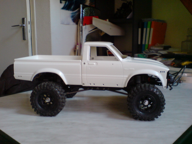 [ SCX10 Axial ] Toyota Hilux trial  100214125912228115437331