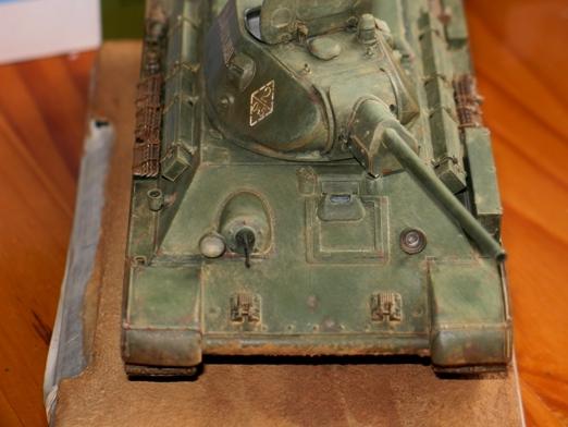 T34/76 Dragon 1/35 modèle 1941+pilotes zvesda - Page 5 100216034639667015452530