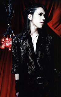 Aoi (The GazettE) 100217074608988195457378