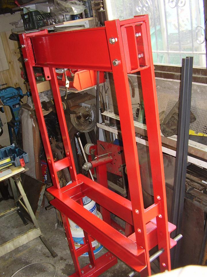 Presse hydraulique d 39 atelier for Fabrication presse hydraulique maison